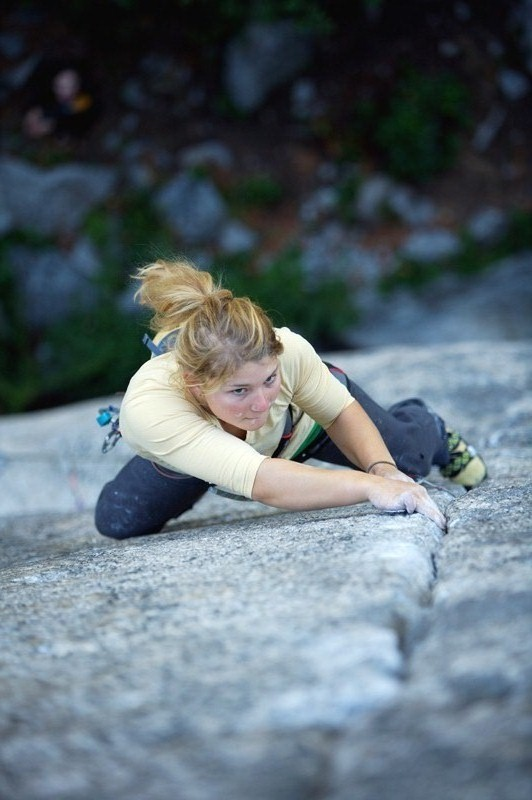 Hazel Findlay climbing '69' the 5.13b/c (E8?) crack in Squamish, 108 kb