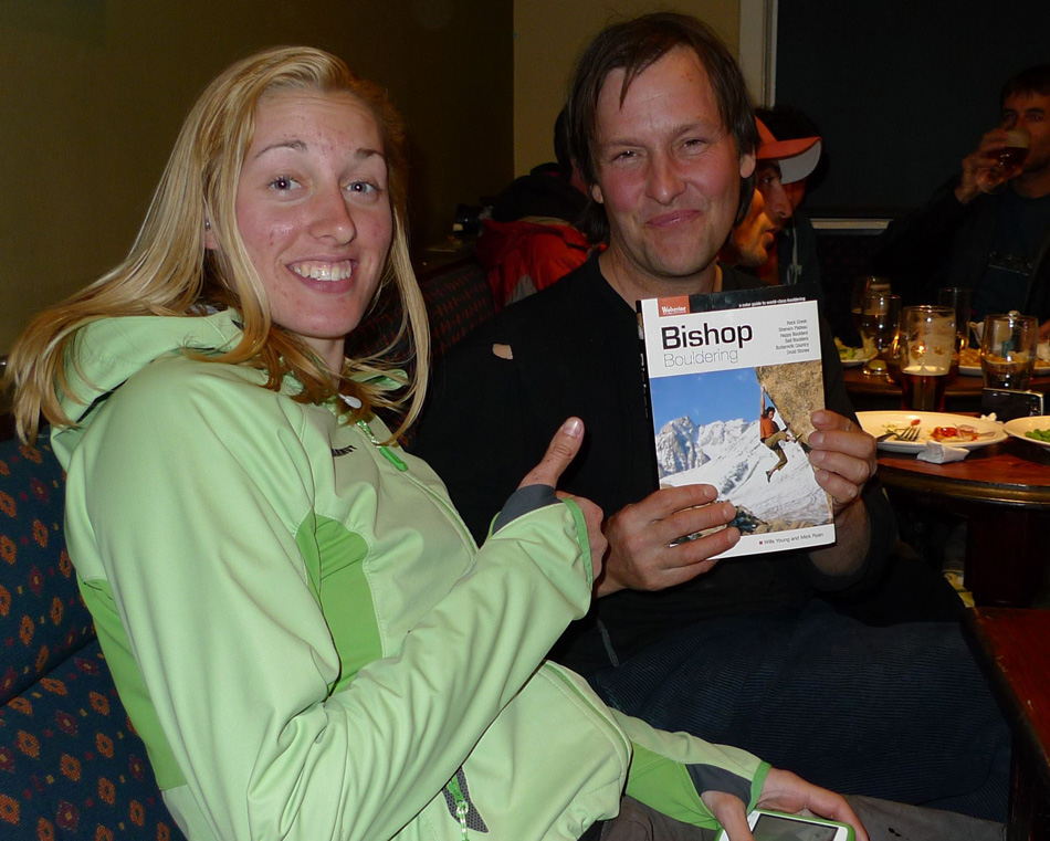 The American climber Alex Johnson and Johnny Dawes with the new Bishop Bouldering guidebook, 224 kb