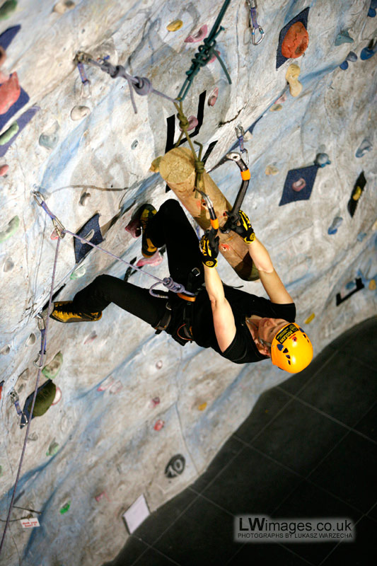 Fiona Murray competing at the final Tooling Series Ice Factor event 2009, 120 kb