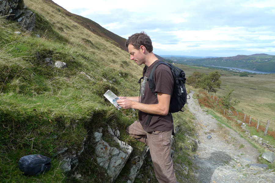 Using the Nature of Snowdonia guide book , 215 kb