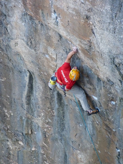 Dave MacLeod on the run out of Muy Caliente!, 123 kb