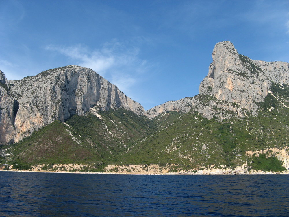 Punta Argennas and Punta Giradili, 180 kb