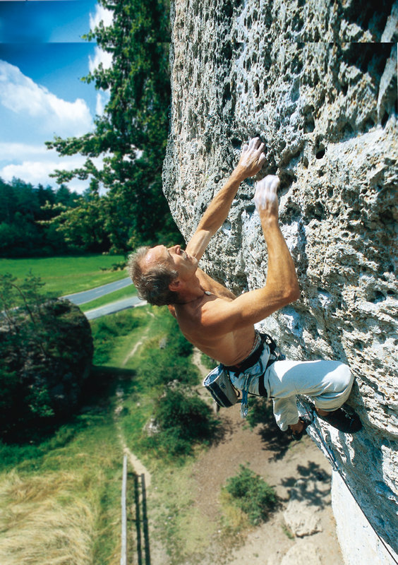 Kurt Albert climbing on Weissenstein, Frankenjura, Germany, 176 kb