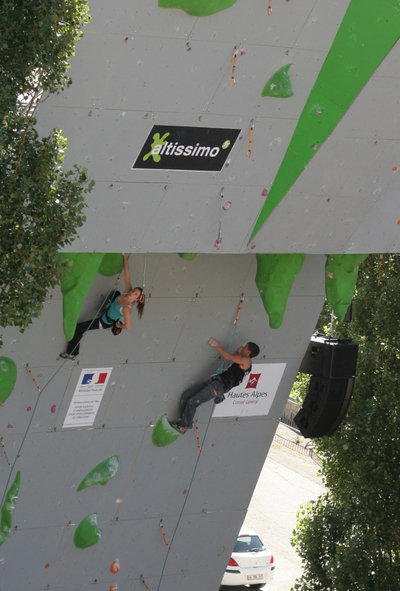 The best climbers in the world try out our range of Macro Volumes ! #4, 62 kb