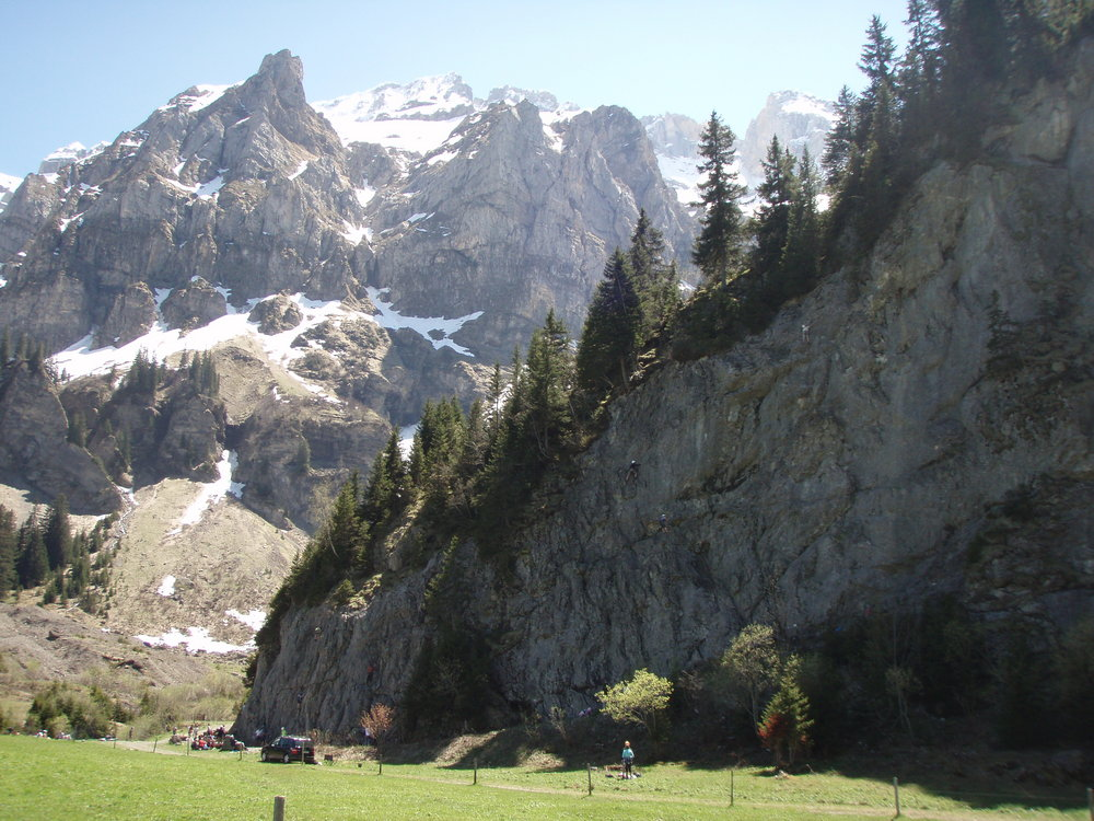 Scenic Swiss Climbing at Balme, 176 kb