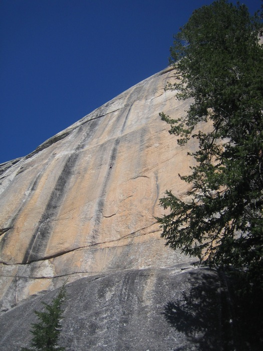 Climber on Peace, Tuolumne meadows, Yosemite, 129 kb