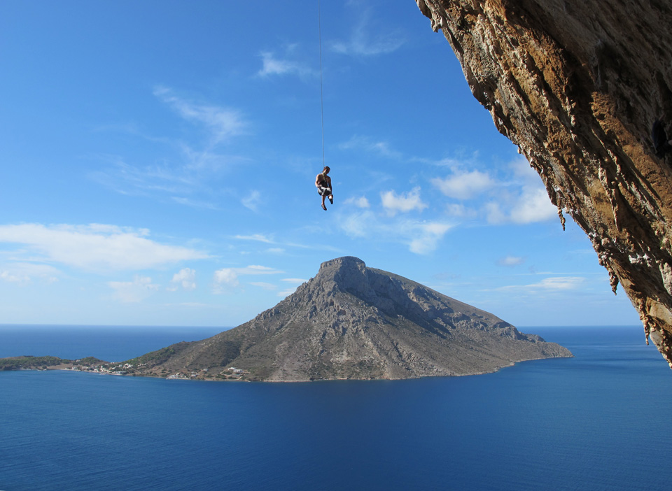 Emma Twyford lowering off after her successful onsight of Aegialis (F7c), Kalymnos, 192 kb