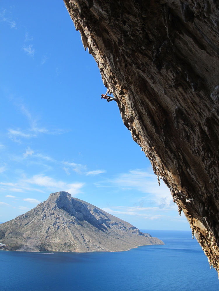 Emma Twyford on her successful onsight of Aegialis (F7c), Kalymnos, 145 kb