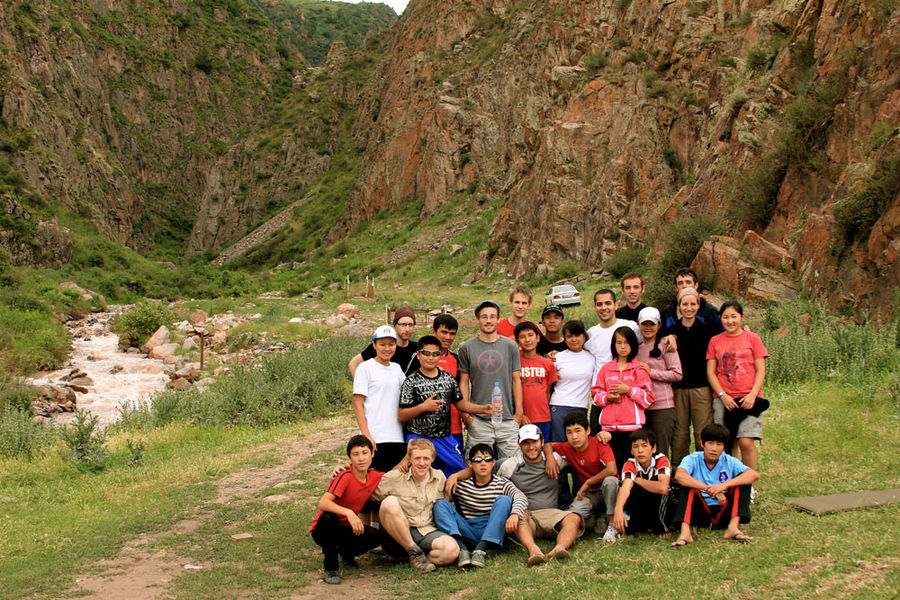 Clouds at their Feet – Climbing and Charity in Kyrgyzstan, 205 kb