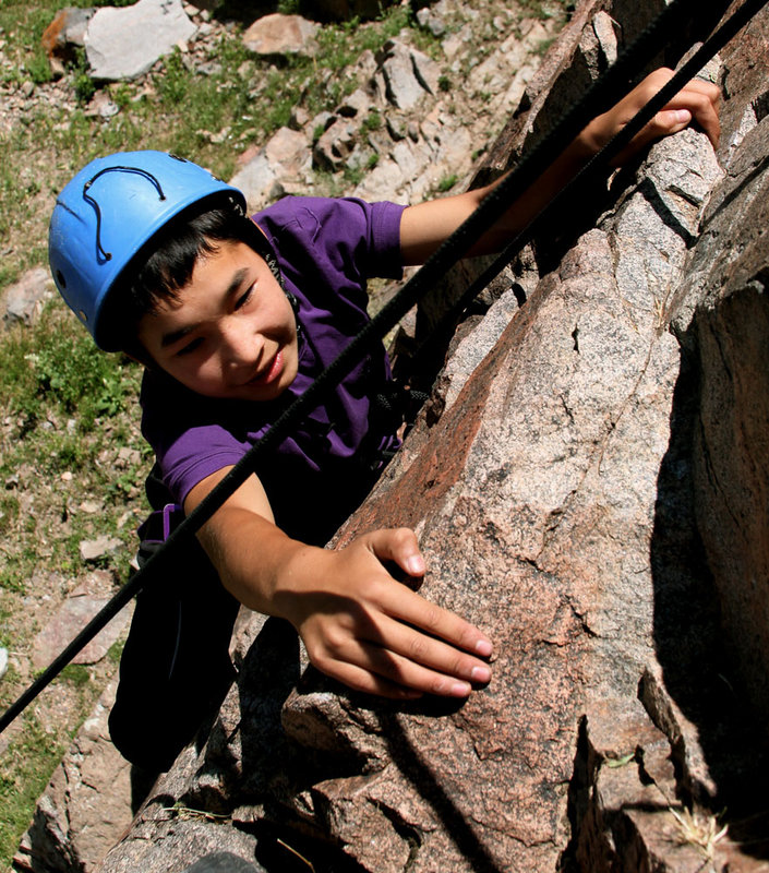 Clouds at their Feet – Climbing and Charity in Kyrgyzstan, 217 kb