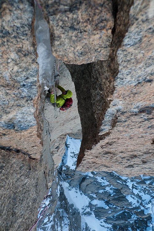 Pulling through the A2 pitch on the Freney Pillar, 173 kb