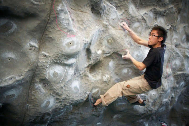 Bodley Zhang on one of the hardest problems of the comp on the new outside wall, 74 kb
