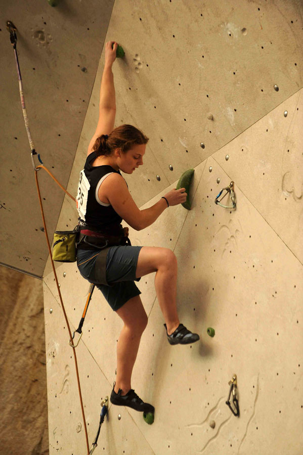 Cdt Hannah Beresford (Army) cruising on the International Women's semi-final route, 93 kb