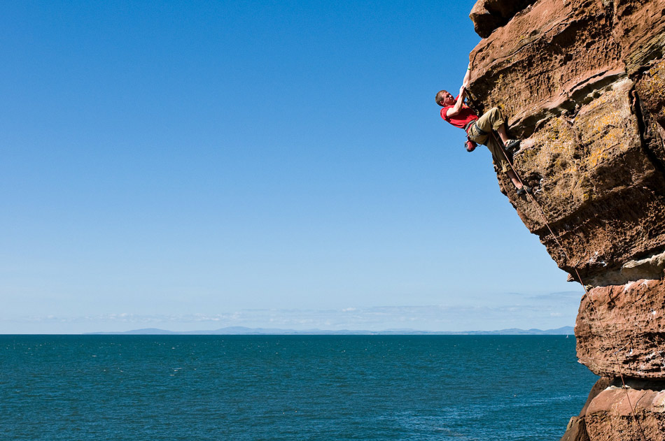 Liam Lonsdale on Dreaming of Red Rocks (F7a+) at st. Bees, 160 kb