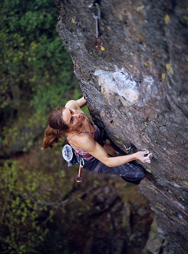 Mary Jenner makes the first female ascent of 'Bleed in Hell' E8 6c., 133 kb