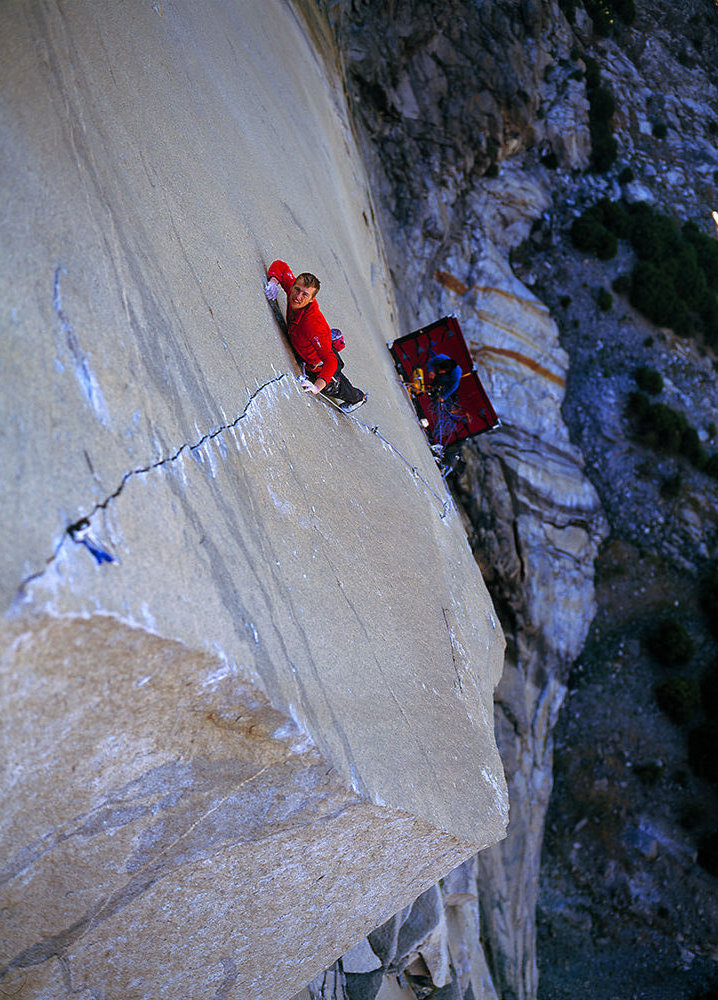Leo Houlding on the 'A1 Beauty' pitch of his new route 'The Prophet'., 218 kb