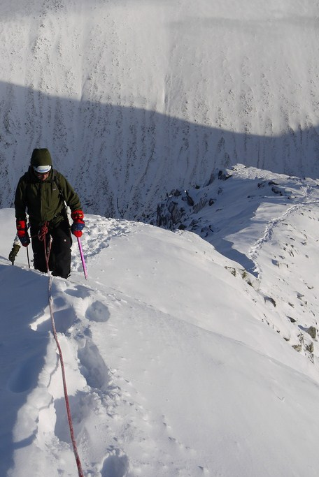 Enjoying fine mountaineering conditions on Ledge Route , Ben Nevis , 71 kb