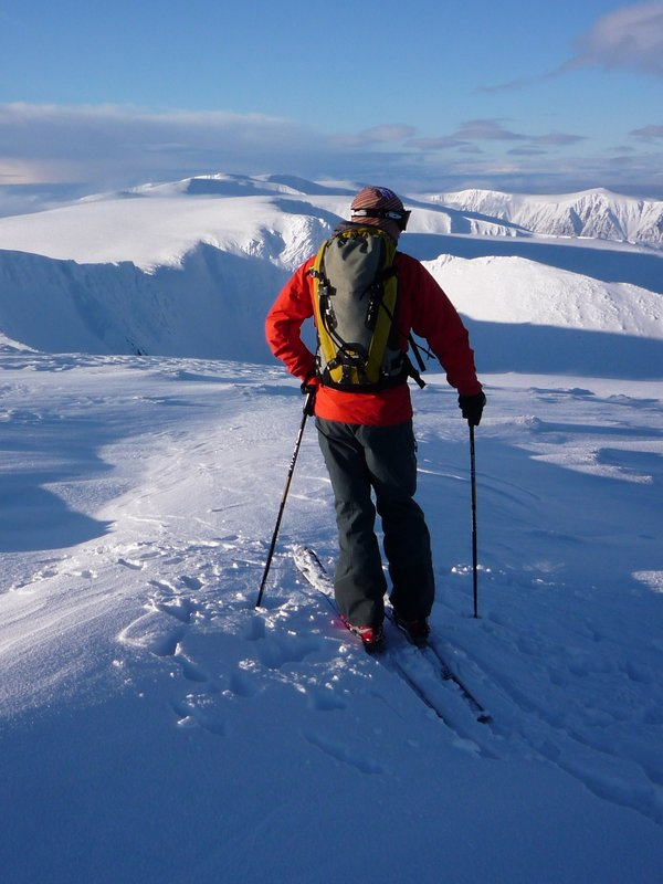 Ski Mountaineering in the Cairngorms, 90 kb