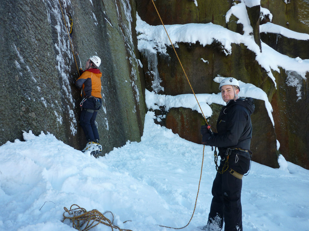 Fools with tools? Millstone drytooling last weekend., 203 kb