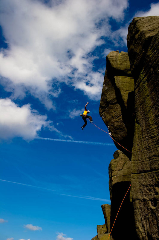 David Lama takes the lob off Parthian Shot (E9 6c) at Burbage South, 106 kb