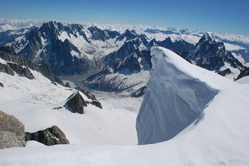 View from the summit of Mt Blanc de Tacul, 144 kb