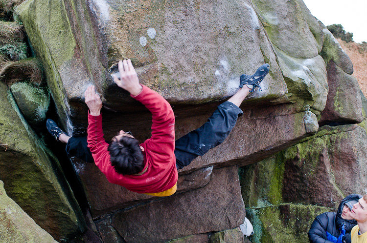 Jon Fullwood on his new boulder problem - Golden Egg, 172 kb