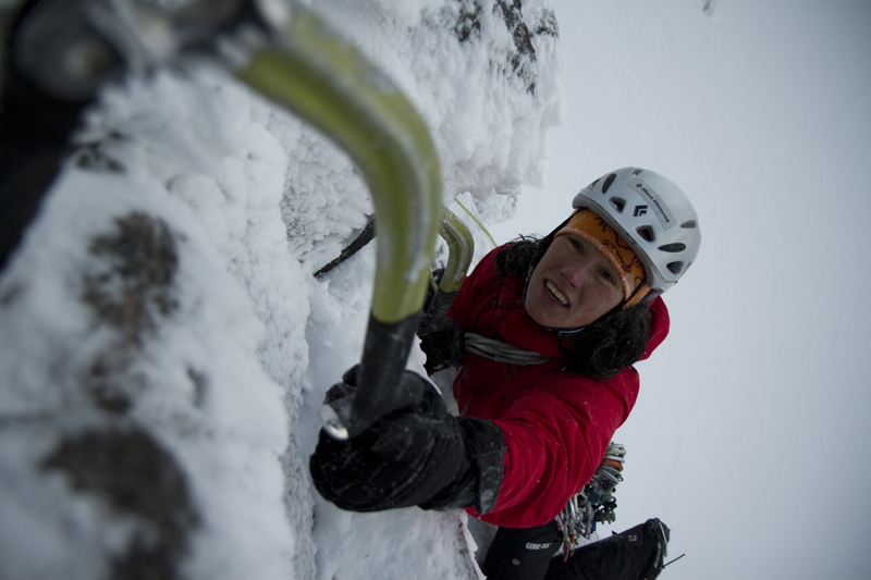 Ines Papert more than 'getting the hang' of Scottish winter by onsighting Happy Tyroleans (IX,10), 201 kb