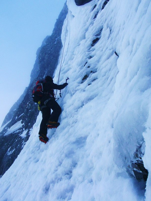 Good ice on Hadrians Direct, Ben Nevis, 81 kb