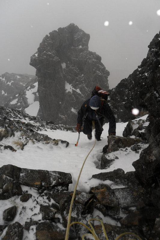 Knights Peak on Pinnacle Buttress, Skye, 95 kb