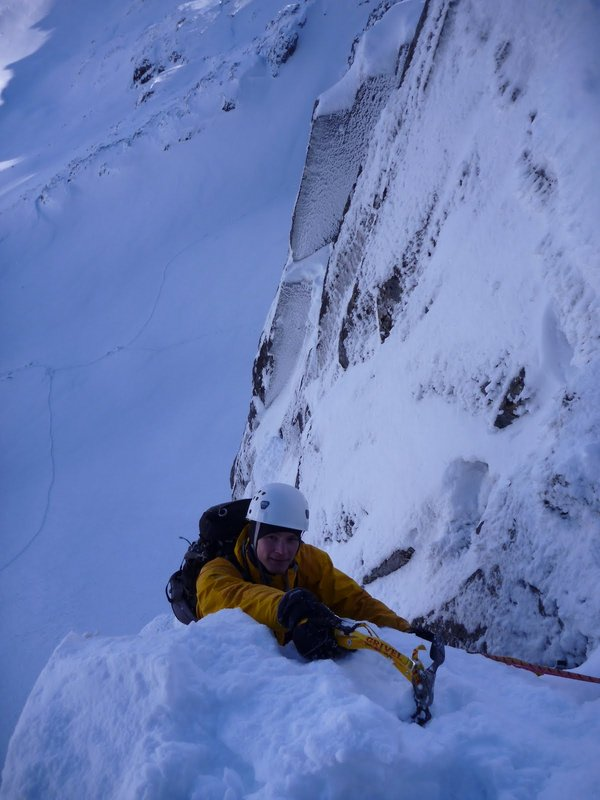 Climbing in Lochan, 67 kb