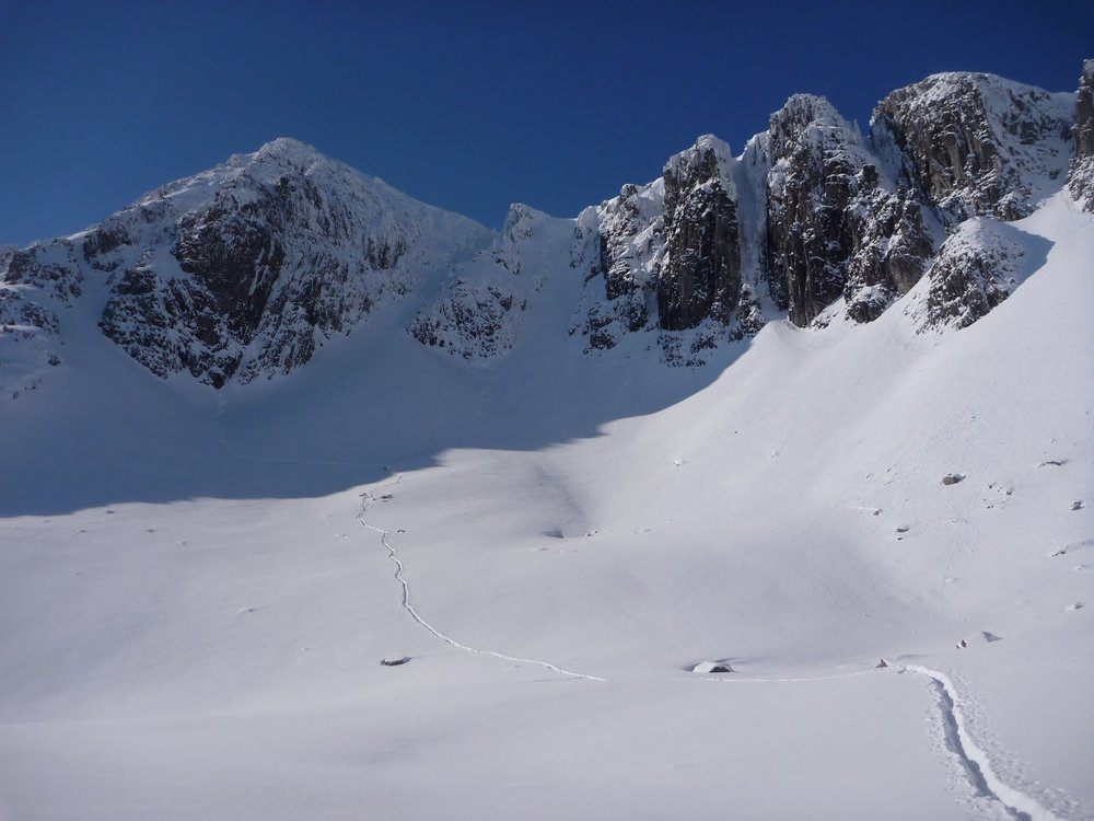 Stunning and snowy in Stob Coire Nan Lochan, 86 kb