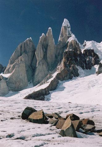 Cerro Torre, Torre Egger, Punta Herron, Cerro Standhart from Circo de los Altares, 40 kb