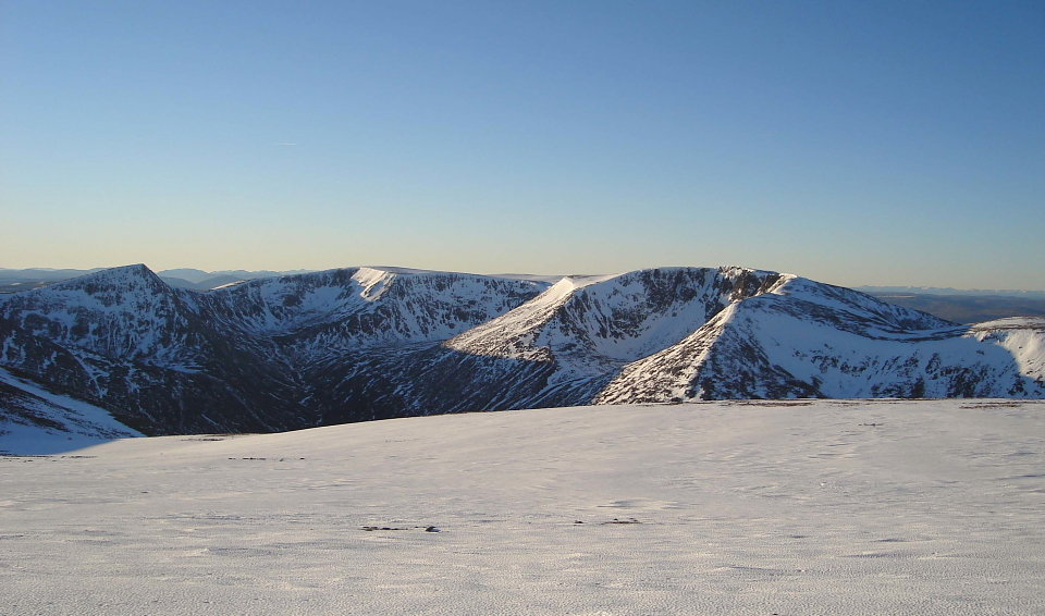 Cairngorms winter, 99 kb