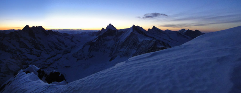 The Panorama from the summit of the Eiger, 68 kb