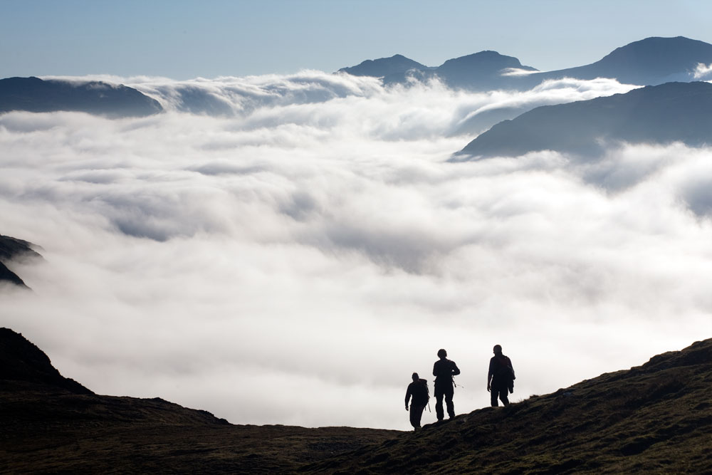 Looking across to Bowfell from Hindscarth above the inversion, 68 kb