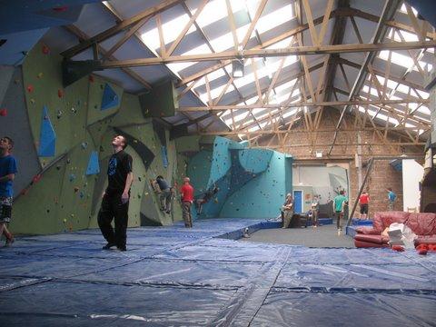The Climbing Hangar, 48 kb