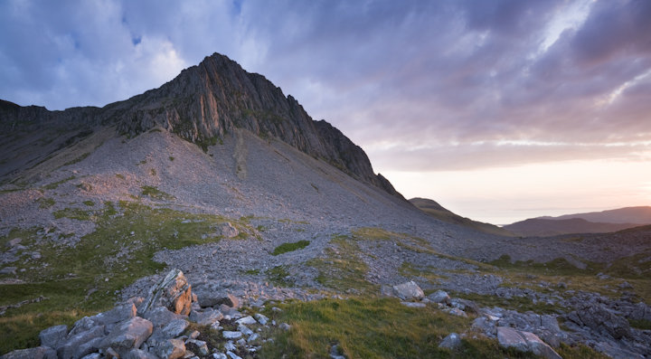 The Saddle, Cadair Idris, last light, july 2008, 90 kb