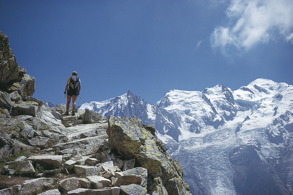 Steep slab section of trail – Mont Blanc is across that valley, 167 kb