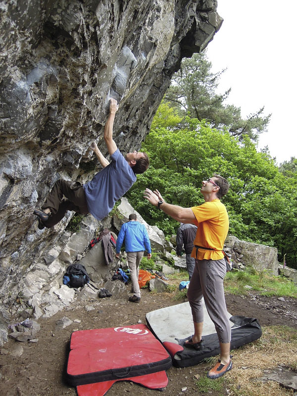 Peter Beal bouldering while being spotted by Petr from CzechClimbing.cz, 209 kb