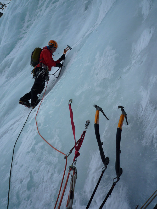 Toby climbing Bor�ojohka, WI3+ Troms Norway. Leading on the Serenity and Swift, 87 kb