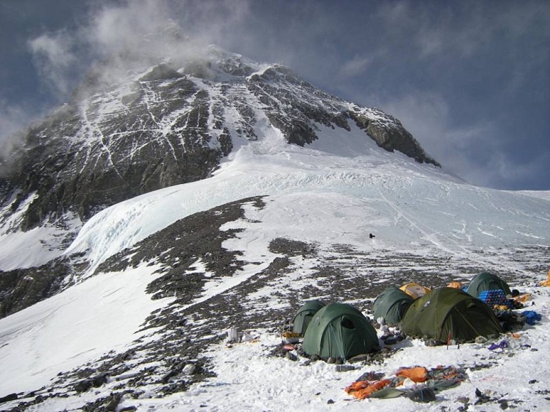 Jagged Globe's Camp 4 on the South Col of Everest, 142 kb