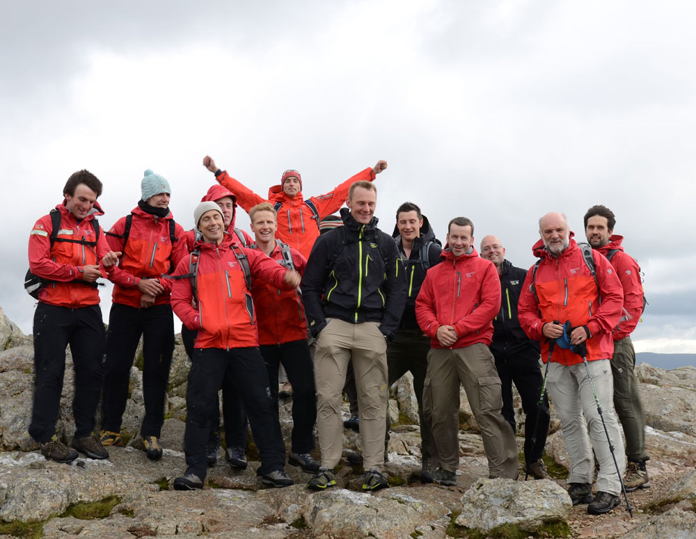The Mountain Hardwearteam, top climbers and outdoor journalists at the Harrison Stickle summit., 150 kb