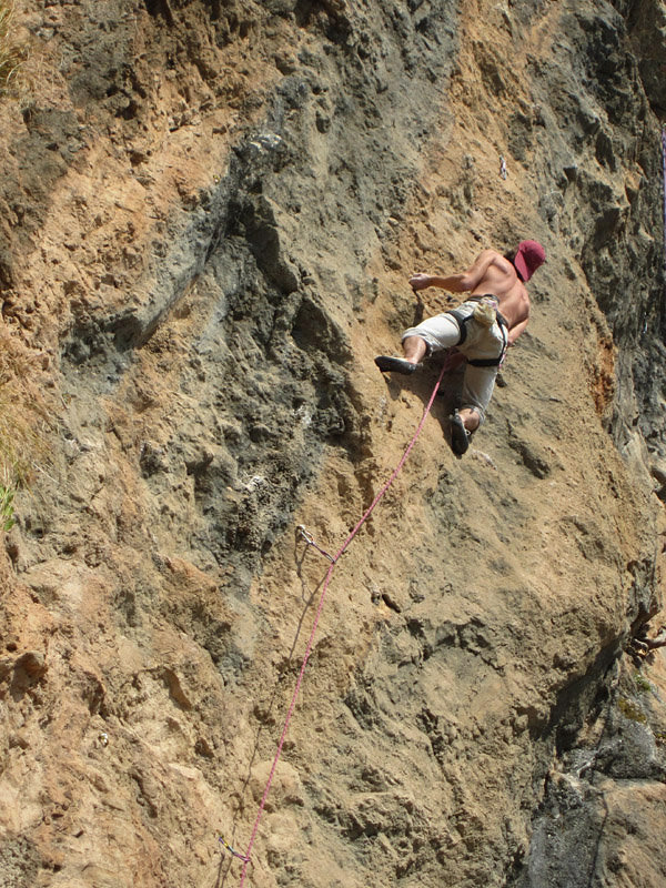 Pierre the Belgian was very close to success on the finest of Margalla's harder routes, Action Direction (7b+), 215 kb
