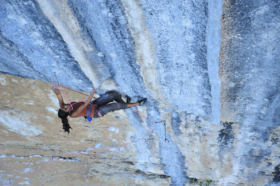 Daila Ojeda using a Sterling Rope at Oliana, Spain, 239 kb