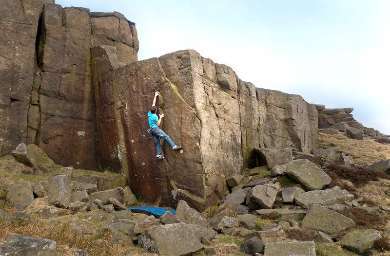Rupert Davies on Love Handles, Stanage Far Left, 201 kb