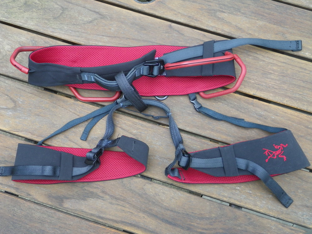 The Arcteryx R320a harness, 195 kb