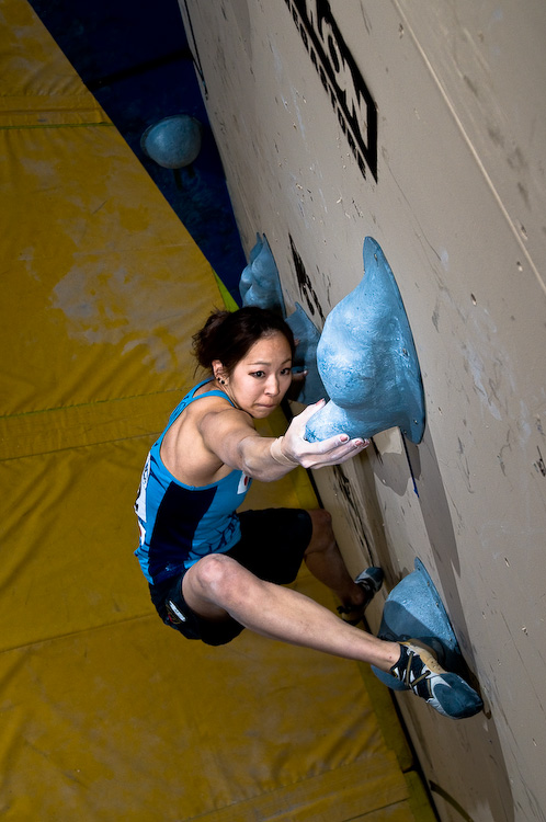 Women's winner was Akiyo Noguchi whose tenacious style was extremely impressive, 149 kb