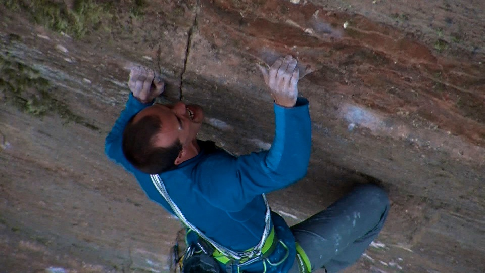 MacLeod pulling hard with the intermittent crack of the headwall clearly visible by his face., 152 kb