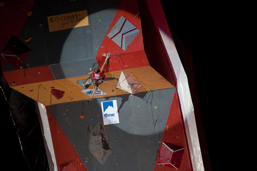 Swiss climber Cedric Lachat fighting his way to 5th place, 144 kb