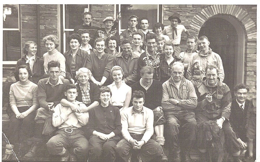 Keswick Mountaineering Club 1954,Langdale. Recognize anybody ? , 170 kb